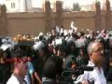 Protesters & Riot Police Battle Outside Mubarak Trial, Cairo