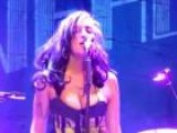 Amy Winehouse Struggles To Sing Live In Serbia