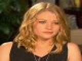 Emilie De Ravin Was &#8216 Surprised&#8217 By Paparazzi Attention On &#8216 Remember Me&#8217