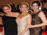 Liv Tyler, Kate Hudson & Stella McCartney At The 2010 Costume Institute Gala