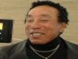 Smokey Robinson On Aretha Franklin&#8217 S Cancer Battle: &#8216 She&#8217 S Doing Fine&#8217