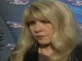 Stevie Nicks On Amy Winehouse' S Death: It' S ' Very Sad'