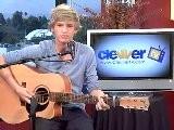 Cody Simpson IYiYi Acoustic Performance