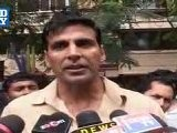 Akshay Kumar On The Road To Promote Khatta Meetha