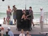 AnnaLynne McCord' S One Hot Magician' S Assistant