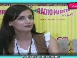 &#039 Very Sexy&#039 Diya Mirza & &#039 Hot&#039 Zayed Khan At 93.5 Fm Radio Mirchi