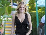 E! News Now LeAnn Rimes Sports Short Shorts