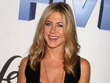 E! News Now Jennifer Aniston Recycles Her Duds