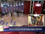 H&uuml Lya Avşar Show&#039 Da Alişan&#039 A Şanslı Masa S&uuml Rprizi