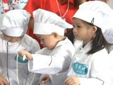 Hand-made Noodles Catches People' S Eyes At Hong Kong Food Expo