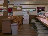 Japanse Winkeliers In Getroffen Gebied Zijn Helden