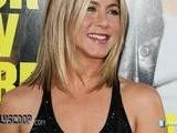 Jennifer Aniston Goes Topless For Horrible Bosses