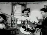 Kudumba Thalaivan - M.G.R Gets Kudos From M.R.Radha Comedy