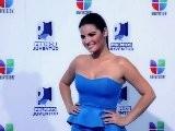 Maite Perroni Posa Para Los Medios En Premios Juventud 2011