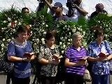 MOURN FOR HOSTAGE VICTIMS