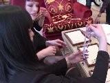 Pin-up-T&auml Nzerinnen Mit Juwelen: Glamour-Show In Cannes