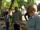 Raw Video: Amy Winehouse&#039 S Parents Meet Mourners