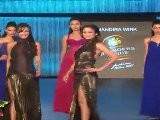 Super Sexy Malaika & Amrita Arora Walk On Ramp & Shown Their Sexy Butt & Bare Back