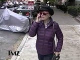 TMZ On TV Susan Sarandon HEILS A Taxi Cab