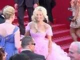 Cannes: Tapis Rouge Pour The Beaver , De Jodie Foster
