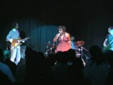 Rhonda Thomas Performs Momma Used To Say At Hot Ice Live