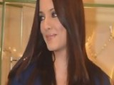 Celina Jaitley Shows Her BABY BUMP